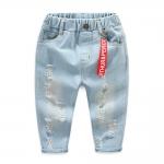 กางเกงยีนส์เด็กสีอ่อนพร้อมป้ายสีแดงตรงเอว [size: 2y-3y-4y-5y-6y]