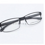 กรอบแว่นตา Porsche P8830 กรอบสีดำ 55-17-136