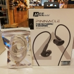 หูฟัง Mee Audio Pinnacle P2 และสายอัพชุบเงินแบบมาตรฐาน