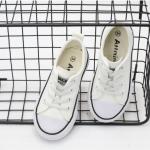 รองเท้าผ้าใบเด็ก สีขาว แพ็ค 6 คู่ ไซส์ 30-31-32-33-34-35