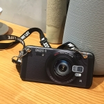 เคส Samsung S9 ซิลิโคนรูปกล้องถ่ายรูปสุดเท่ ตรงเลนส์สามารถยืดออกมาตั้งได้ พร้อมสายคล้อง ราคาถูก