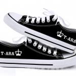 รองเท้าผ้าใบ T-ARA