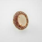 แหวนโรสควอตซ์ล้อมโรโดไรท์ (Rose Quartz Silver Ring with Rodorite) สั้งทำได้ค่า