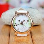 นาฬิกาข้อมือหน้าปัดทอง Kara
