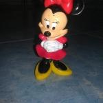 Minnie คอดิ้นดุ๊กดิ๊ก