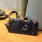 เคส Huawei P10 Plus ซิลิโคนรูปกล้องถ่ายรูปสุดเท่ ตรงเลนส์สามารถยืดออกมาตั้งได้ พร้อมสายคล้อง ราคาถูก