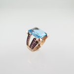 แหวนบูลโทปาส (Blue topaz silver ring with ruby)