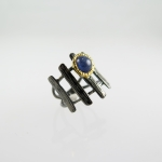แหวนไพลิน (Blue Sapphire gild with Gold and Black Rhodium)