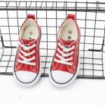 รองเท้าผ้าใบเด็ก สีแดง แพ็ค 6 คู่ ไซส์ 30-31-32-33-34-35