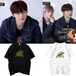 เสื้อยืด (T-Shirt) ลายใบไม้ แบบ Minhyun