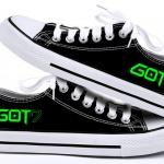 รองเท้าผ้าใบเรืองแสง GOT7