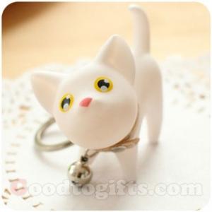พวงกุญแจน้องแมวขาว