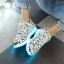 รองเท้าผ้าใบมีไฟ LED ลายโน้ตดนตรี (เปลี่ยนสีได้ 7 สี) thumbnail 3