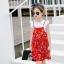 ชุดเซตเสื้อสีขาว+เดรสสายเดี่ยวสีแดงลายดอกไม้ แพ็ค 5 ชุด [size 2y-3y-4y-5y-6y] thumbnail 4