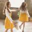เสื้อ+เอี๊ยมกระโปรง สีเหลือง แพ็ค 5 ชุด ไซส์ 120-130-140-150-160 (เลือกไซส์ได้) thumbnail 2