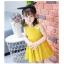 ชุดเดรสสีเหลืองแต่งดอกไม้สีขาวที่หน้าอกและปีกที่ด้านหลัง [size 2y-3y-4y-5y-6y] thumbnail 6