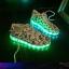 รองเท้าผ้าใบมีไฟ LED ลายโน้ตดนตรี (เปลี่ยนสีได้ 7 สี) thumbnail 10