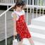 ชุดเซตเสื้อสีขาว+เดรสสายเดี่ยวสีแดงลายดอกไม้ แพ็ค 5 ชุด [size 2y-3y-4y-5y-6y] thumbnail 2