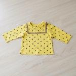 เสื้อแขนยาวลายสามเหลี่ยม สีเหลือง