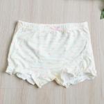 กางเกงใน ขาสั้นเด็กหญิง ลายโบว์ชมพู คาดลายเหลือง