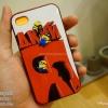 iPhone 4, 4S - เคส Face Idea ลาย Minion ปีนป้าย