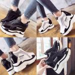 รองเท้าผ้าใบเสริมส้นผ้าตาข่ายโปร่งใส่สบายสีดำ/ขาว ไซต์ 35-39