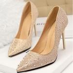 ## พร้อมส่ง ## รองเท้าแฟชั่น ไซต์ 35-39