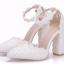 รองเท้าเจ้าสาวส้นหนาปลายแหลมสีขาว ไซต์ 36-41 thumbnail 1