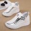 รองเท้าผ้าใบเสริมส้นสีขาว/ดำ ไซต์ 35-39 thumbnail 8