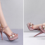 รองเท้าส้นสูงแต่งดอกไม้สีชมพู/ดำ/ขาว ไซต์ 34-39 thumbnail 5