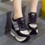 รองเท้าผ้าใบเสริมส้น ไซต์ 34-39 สีขาว/ดำ thumbnail 5