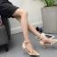 รองเท้าส้นสูงปลายแหลมแต่งมุขสวยหรูใส่ออกงานได้เลย สีครีม/ดำ ไซต์ 34-38 thumbnail 5