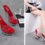 รองเท้าส้นแก้วใสเล่นระดับสีด้านในส้นแต่งเกร็ดเพชรสีแดง/ดำ/ขาว ไซต์ 34-40 thumbnail 4