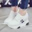 รองเท้าผ้าใบเสริมส้น ไซต์ 35-39 สีขาว/ดำ thumbnail 5