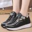 รองเท้าผ้าใบเสริมส้นสีขาว/ดำ ไซต์ 35-39 thumbnail 4