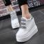รองเท้าผ้าใบเสริมส้นสีชมพู/ดำ/เงิน ไซต์ 35-39 thumbnail 2