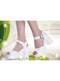 รองเท้ารัดส้น สีขาว เทรนใหม่ล่าสุด