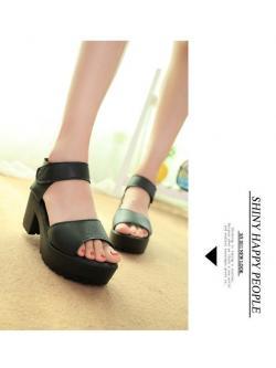 รองเท้ารัดส้น สีดำ เทรนใหม่ล่าสุด