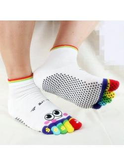 ถุงเท้าโยคะ สีขาว