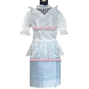 """เสื้อลูกไม้สีขาว+ผ้าถุงป้ายข้างฯสีฟ้า (เอวใส่ได้ถึง 32"""") *รายละเอียดในหน้าสินค้า"""