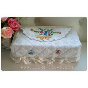 กล่องทิชชู่ผ้าฝ้ายปักดอก