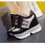 รองเท้าผ้าใบเสริมส้น ไซต์ 34-39 สีขาว/ดำ thumbnail 6