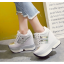รองเท้าผ้าใบเสริมส้น ไซต์ 34-39 สีขาว/ดำ thumbnail 4