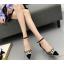 รองเท้าส้นสูงปลายแหลมแต่งมุขสวยหรูใส่ออกงานได้เลย สีครีม/ดำ ไซต์ 34-38 thumbnail 3