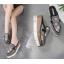 รองเท้าส้นเตารีดปลายแหลมแบบสวมติดคริสตัลเม็ดเล็กสุดหรู ไซต์ 34-39 thumbnail 2