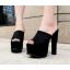 รองเท้าส้นสูงแบบสวมสีดำเสริมหน้าเยอะเดินสบาย ไซต์ 34-38 thumbnail 1