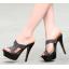 รองเท้าส้นสูงแบบสวยสีครีม/ดำ ไซต์ 34-39 รุ่นนี้แนะนำ +1 จากไซต์ที่ใส่ปกติ thumbnail 3