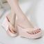 รองเท้าส้นเตารีด ไซต์ 35-39 สีดำ/ขาว/ชมพู thumbnail 2