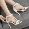 รองเท้าส้นสูงสีขาวล้วนแต่งดอกไม้ ไซต์ 35-40