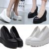 รองเท้าส้นเตารีดสีขาว/ดำ ไซต์ 35-39